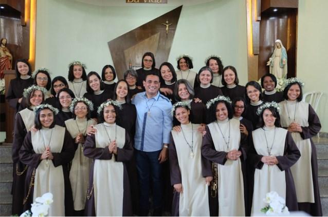 Fundador e Irmãs Servas da Transfiguração do Senhor
