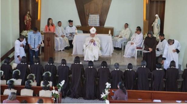 Renovação da consagração Irmãs Servas da Transfiguração do Senhor   Capela Nossa Senhora das Graças